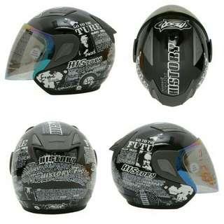 Helm Motor Terbaru