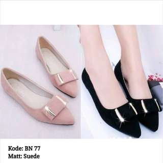 LS25 BN Suede Flat Shoes