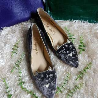 Authentic Charlotte Olympia In Grey Velvet Kitty Flats Size 38