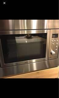 Oven , microwave , built in