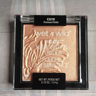 "wet n wild megaglo highlighter ""precious petals"""