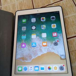 Ipad air white / silver 16gb