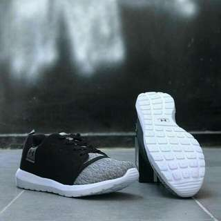 Under Armour Knit