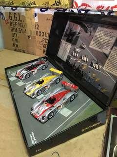 1/43 Infineon Audi R8 2002 Le Mans.