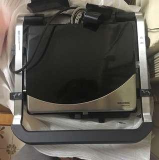 雙面烤爐 contact grill (used once only)