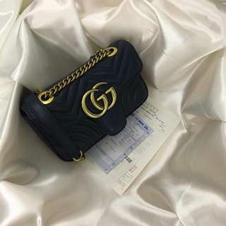 """🚚 ❤️ Gucci📌HIGH GRADE QUALITY 📌ACTUAL PHOTOS POSTED 📌with: paperbag,dustbag,carecard  Size:  ✔️H: 6.5""""  ✔️W: 9.5"""" Color:  ✔️Apricot ✔️Bare Powder ✔️Taupe ✔️Polien ✔️Red ✔️Burgundy ✔️Deep Blue ✔️Black"""