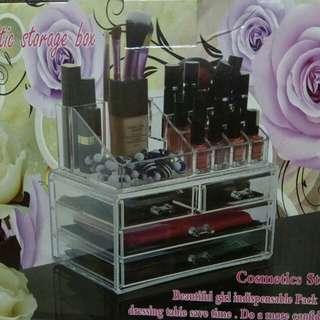 Storage for make up