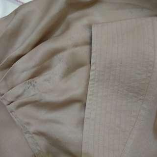Jilbab syari warna krem