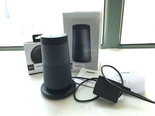 Bose SoundLink Revovle Bluetooth Speaker (95% new) 藍牙揚聲器 連插座叉電