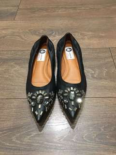 Lanvin Embellished Leather Flats 39