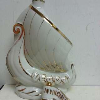 Larsen Cognac 白帆陶瓷干邑 700ml