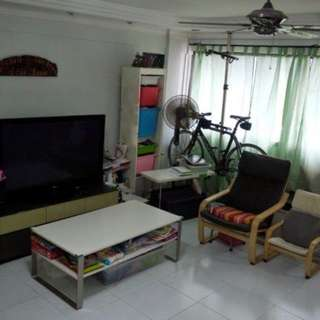 4 rm flat for rent (3 bedrooms)