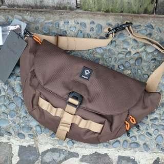 Tas Bodypack Artemix Cokelat Original