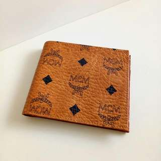 AUTH MCM BIFOLD WALLET