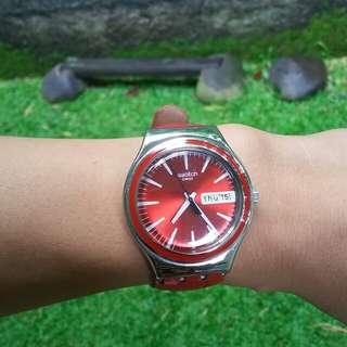 Red Leather Swatch ORI
