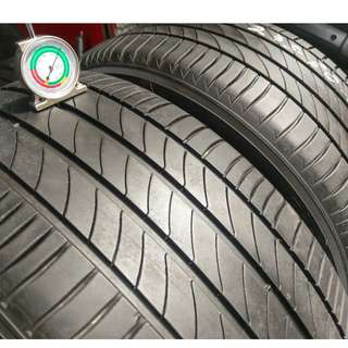 235/50/18 2015 米其林輪胎 3ST 兩條一組 落地胎深 6MM 以上 九成新 無補無變形