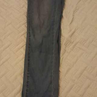 Levi's skinny leg low waist size 8/10