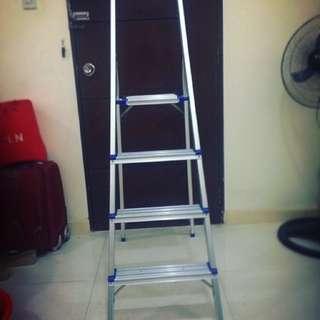 Surestep 4-Step Ladder ACE Hardware