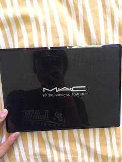 MAC eyeshadow pallette