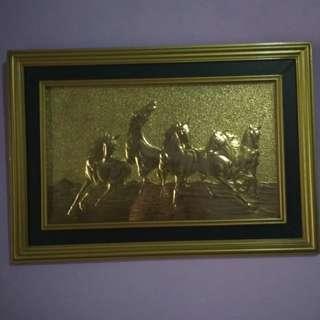 Lukisan kuda gold