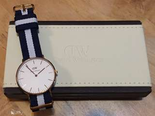 全新 Daniel Wellington Classic Watch