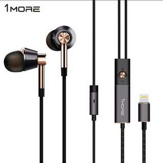 1more E100L Triple Driver LTNG In-Ear Headphone