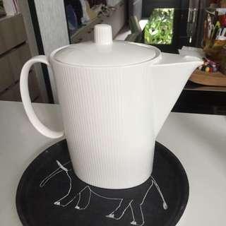 居里名品 骨瓷茶壺