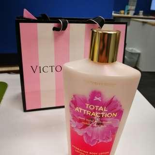 Victoria secret hydrating lotion