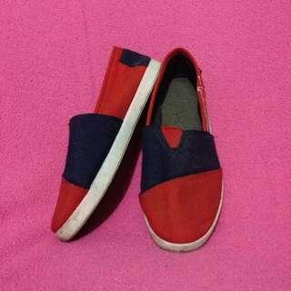 Sepatu Anak size 36