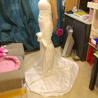 緞面魚尾婚紗