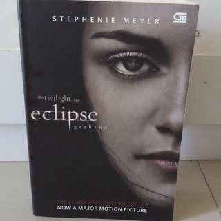 The Twilight saga : Eclipse