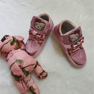 Hello Kitty blink sneakers