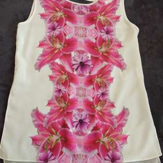 Floral Sleeveless top