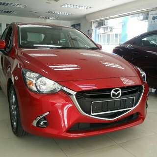 Mazda 2 1.5 AT GVC NEW CAR