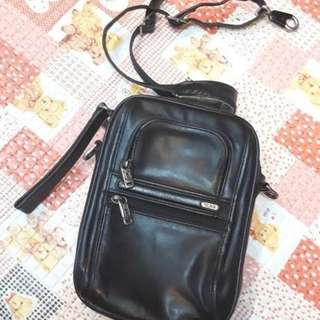 Tas tumi sling bag original authentic