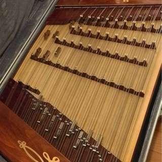 星海牌四排碼高級402N揚琴連琴架琴竹及琴盒