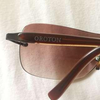 Oroton Vintage Sunglasses