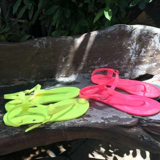 JELLY SHOES FOR BEACH (BUY 1 GET 1)