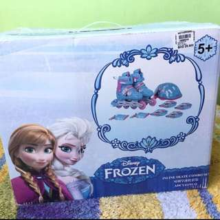 DISNEY FROZEN SKATE COMBO SET