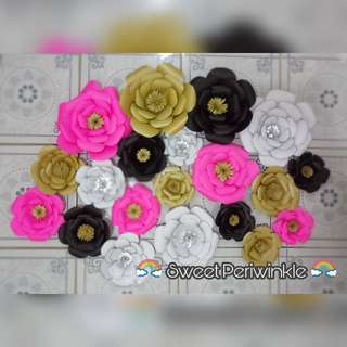 Made to Order Paper Flowers in Gold or with Gold Center