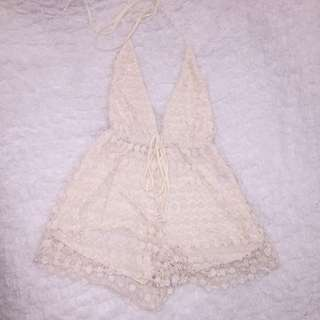 Princess Polly Lace Plunge Play suit Size S (8)