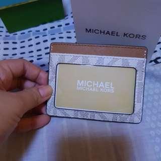 MK cardholder