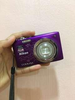 Nikon Coolpix A10 16.1 MP Digital Camera