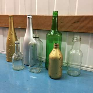(Decor Supplies) Assortment of Glass Bottles for Wedding or Party Decor