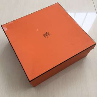 Used hermes box (authentic)
