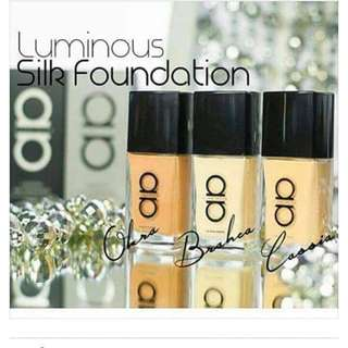 READY STOCK💕LUMINOUS SILK FOUNDATION ALHA ALFA / 30ml.  Processing proceed upon full payment received via bank transfer