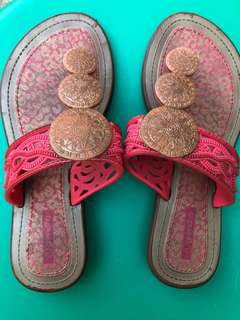 Grendha slippers (5-6yrs old)