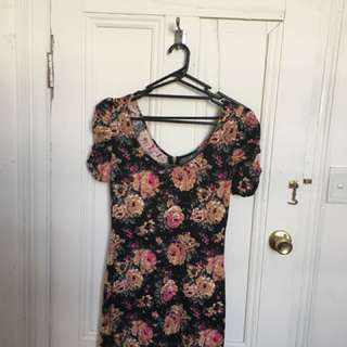 Beautiful Floral Dress fit up to size L