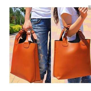 [2nd CHANCE]  Leather Tote Bag