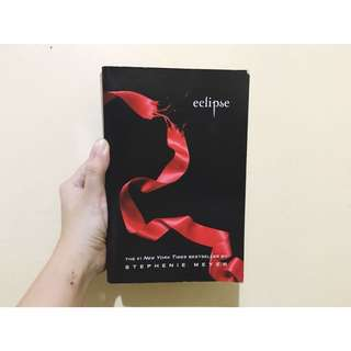 Eclipse (Twilight Saga) by Stephenie Meyer